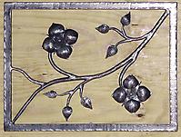 Кованая ветка с цветами