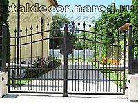 Кованые ворота с вальцованным профилем