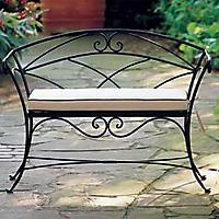 Ажурная металлическая скамейка