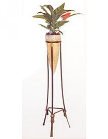 Кованая цветочница 43