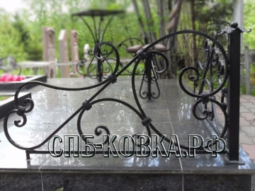Уголок на могилу 14  - 7 500 рублей/шт.