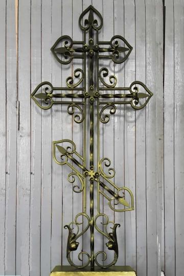 Кованый крест на могилу 02