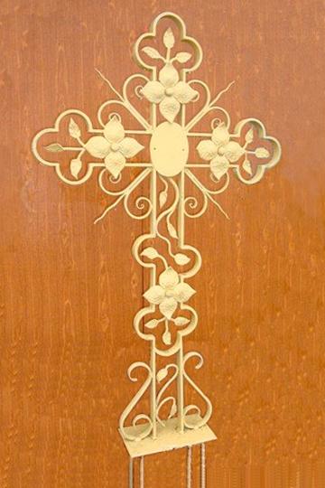 Кованый крест на могилу 15